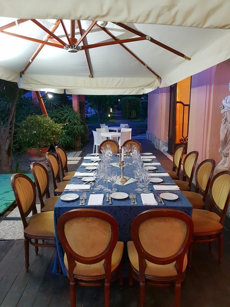ristorante_le_nuvole_ristorante_a_ercolano_galleria_foto_ristorante_sala_esterna_a