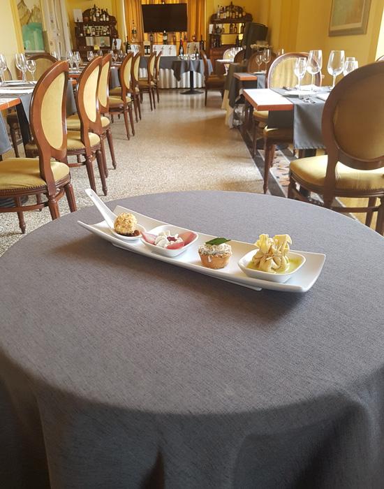 ristorante_le_nuvole_a_ercolano_galleria_foto_ristorante_esposizione_dessert