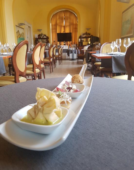 ristorante_le_nuvole_a_ercolano_galleria_foto_ristorante_esposizione_dessert_2